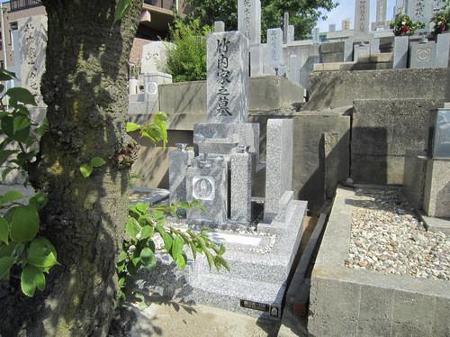 お墓を建てる時、どの業者に依頼したらよいのか不安に思う!(神戸市東灘区/竹内様)