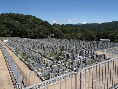 満足できる神戸のお墓・墓石とは?(1)石材店任せはダメ!
