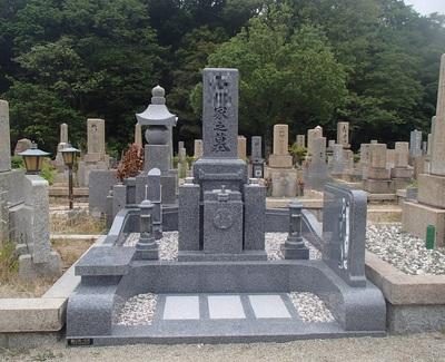 国産墓石なら一押しは天山石(2)科学的分析データが証明する理想の墓石材