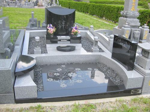 2011年(平成23年)9月 「第23回墓石大賞」受賞