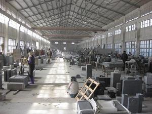 3. 消費者も石材店も中国の工場を選べない?